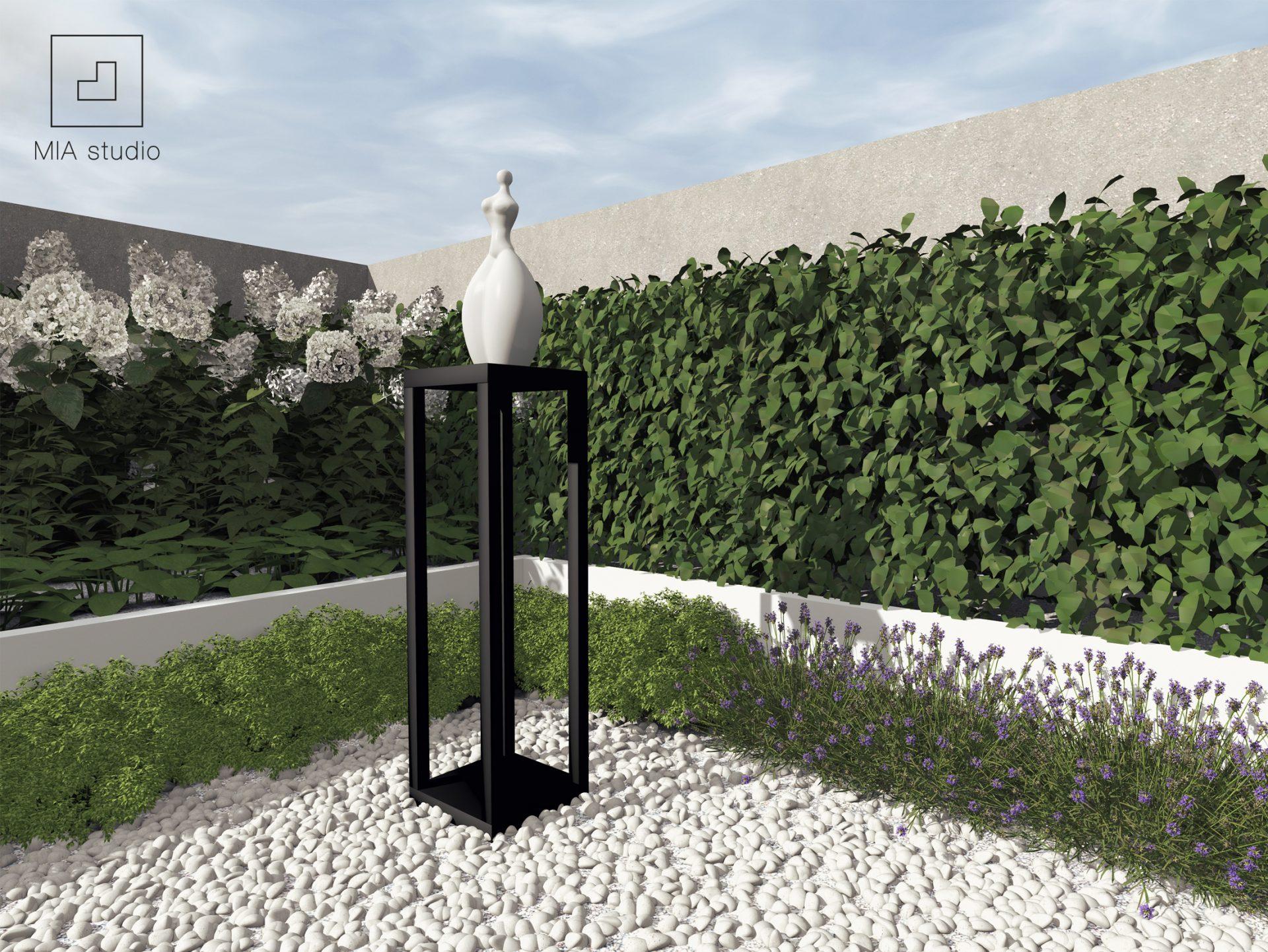 rzeźba w ogrodzie
