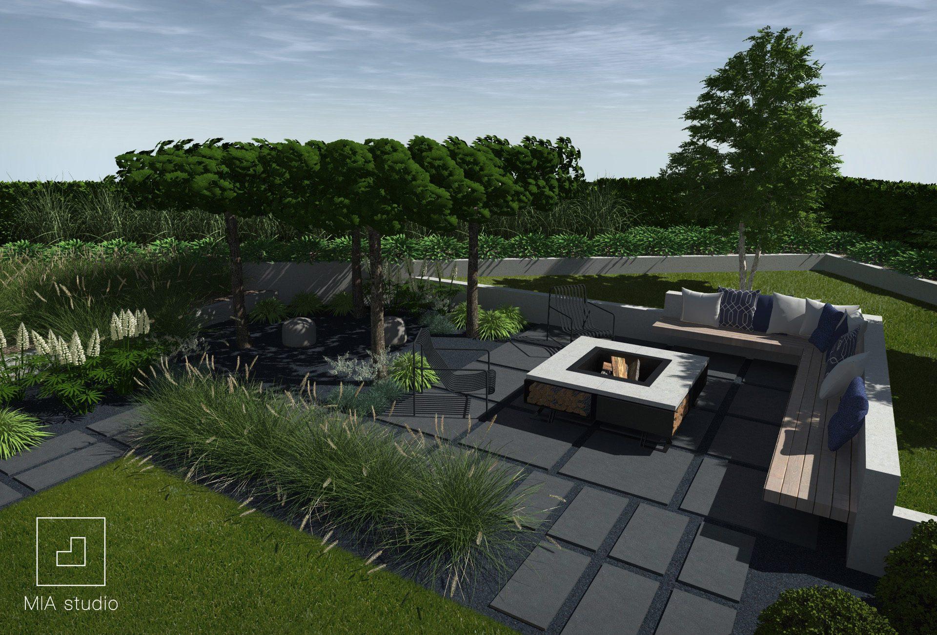 ogród z drewnianymi ławkami i paleniskiem